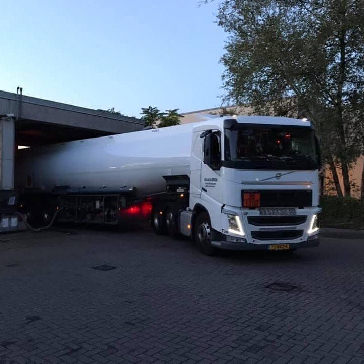 brandstofdistributie_amsterdam_vanwaveren_transport4