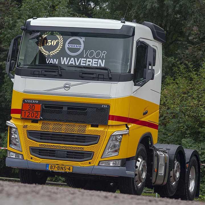 150-ste Volvo voor van Waveren.
