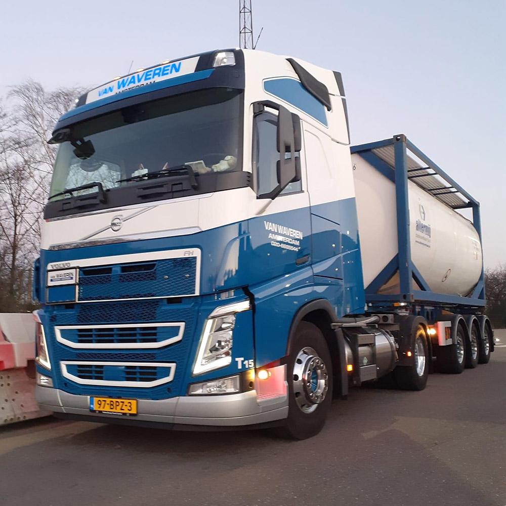 LNG-truck-co2-reductie-van-waveren-transport